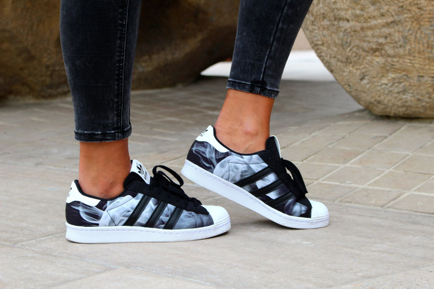 BLOG_MODE_BY_MALIKA_MENARD_LOOK_CUIR_ROUGE_JESSILANN_ADIDAS_SUPERSTAR_SILVER_7